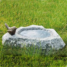 skulptur-vogeltranke-mit-vogel