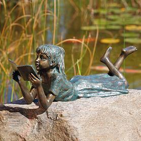 Skulptur Lara die Leseratte