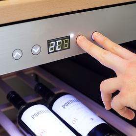 Weinkühlschrank WineChef Pro 126 mit App, für 126 Fl.