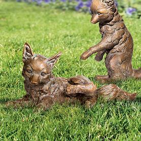 skulptur-fuchs-kratzend-