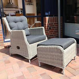 Geflecht-Relax-Sessel, mit passendem Hocker in 3 Farben