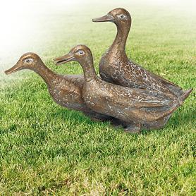 Skulptur Drei Enten