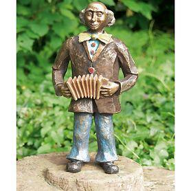 skulptur-clown-mit-harmonika-