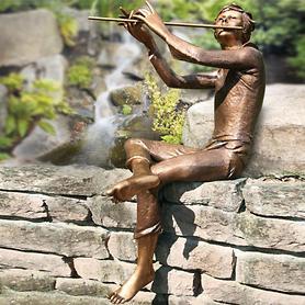Skulptur Flötenspieler von Rinaldo Bigi