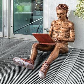 Skulpturen Online Romance