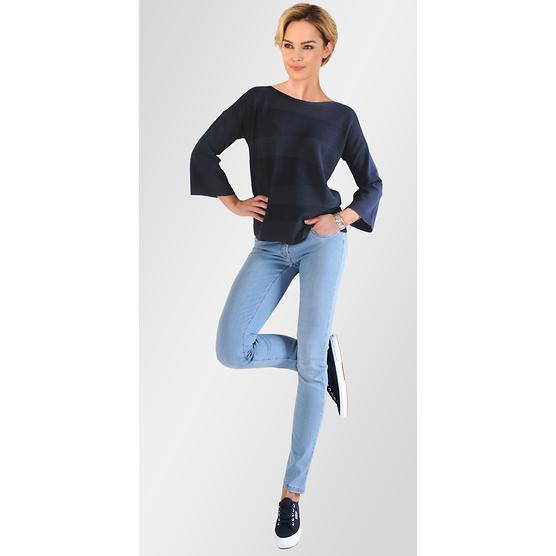 Fashion Outfit: Sportiv 1028