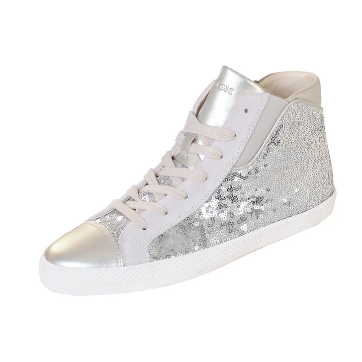 Sneaker Sparkle