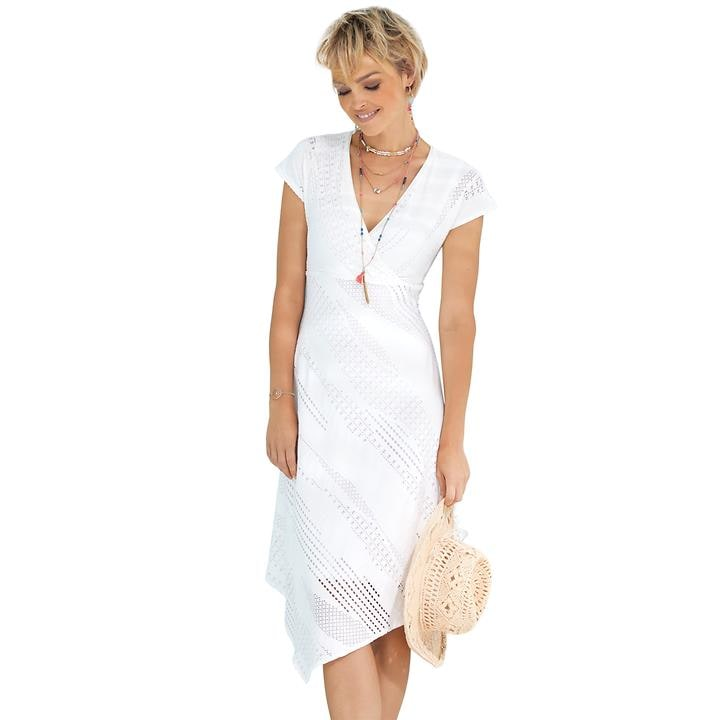Feminines Kleid in Häkeloptik mit zipfeligem Saum