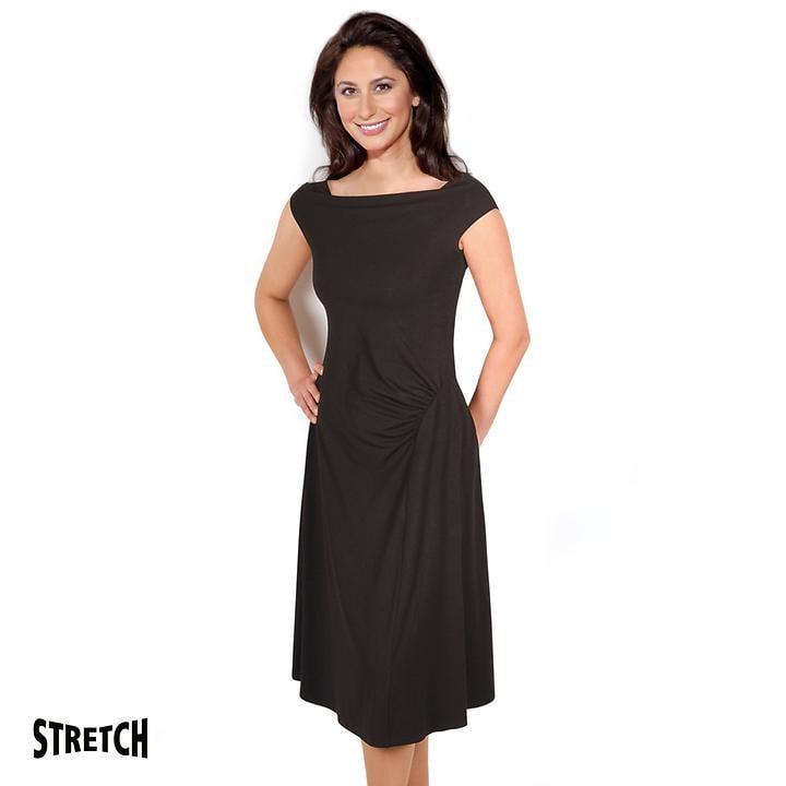 Weich fließendes Jersey-Kleid mit Carreé Ausschnitt