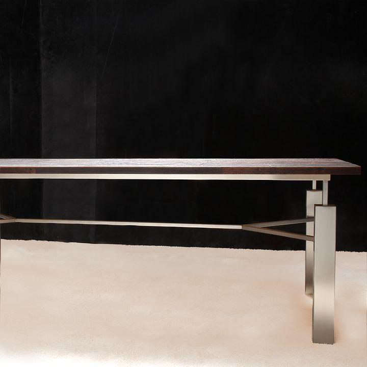 Tisch ACINO, weinrot mit Edelstahlgestell