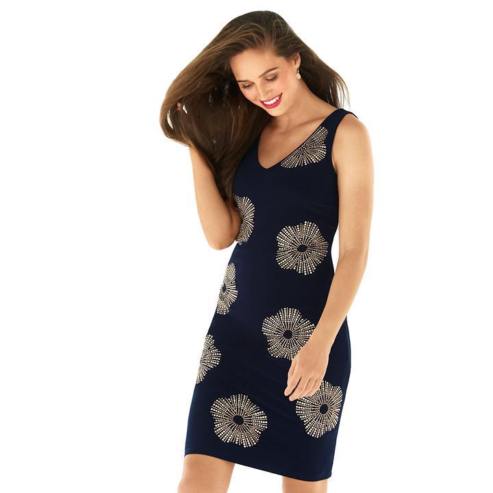 Dekoratives Kleid mit V-Ausschnitt