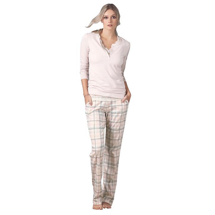 Kuschelig weicher Pyjama aus softer Baumwolle