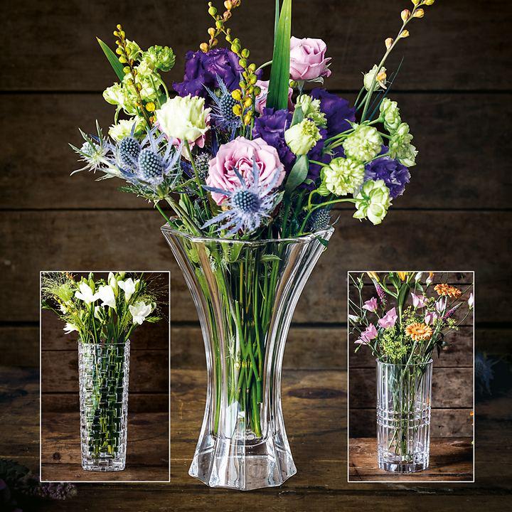 Vasen aus Kristallglas