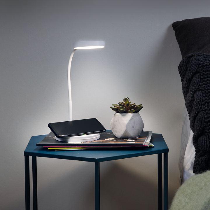 LED-Tischleuchte mit induktiver Ladung