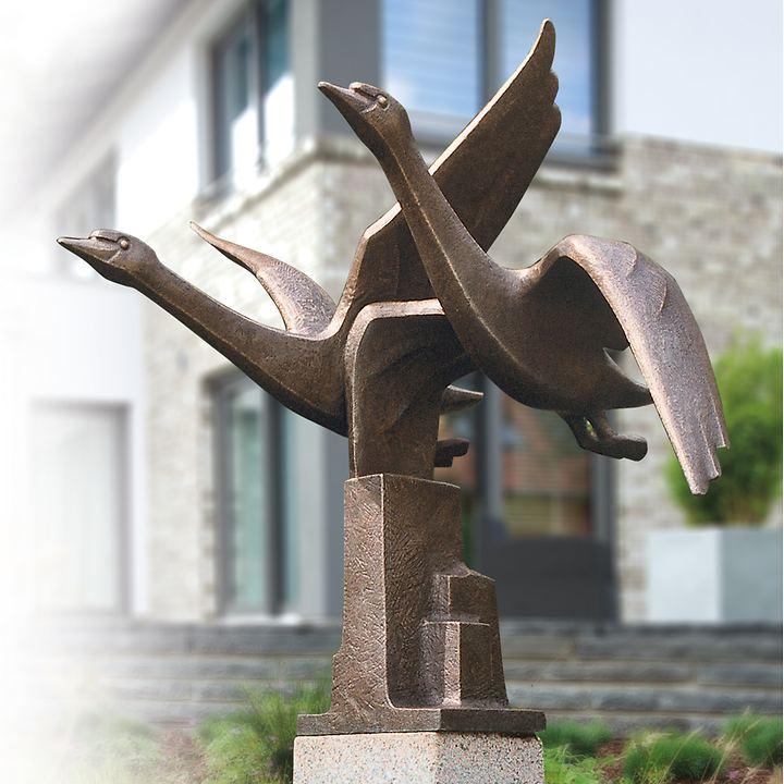 Skulptur Schwanengruppe