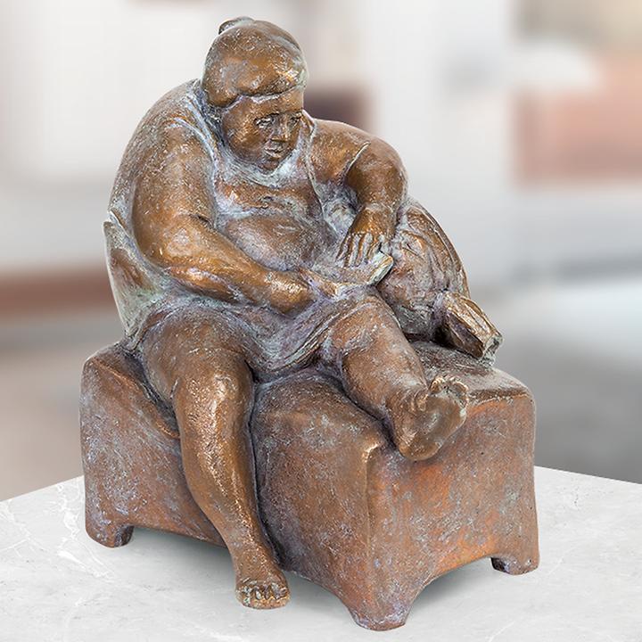 Skulptur Die Lektüre
